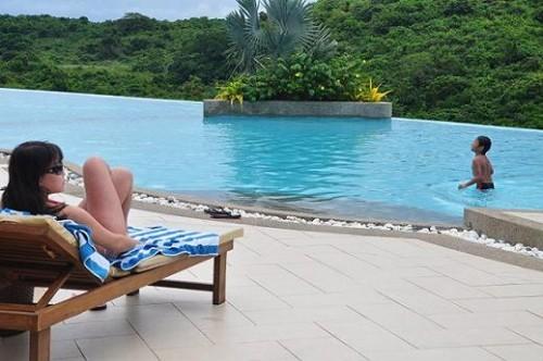 Infinity Pool in Alta Vista de Boracay
