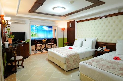 Boracay Garden Resort Deluxe Rooms