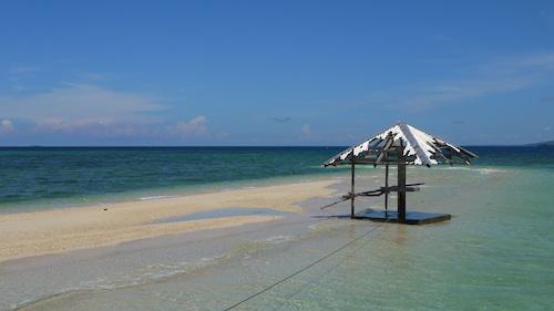 Hambongan Island in Bohol