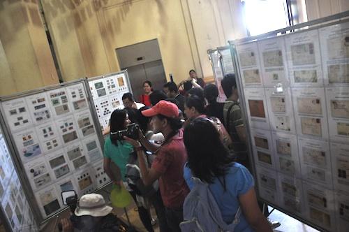 manila Stamp Collectors Exhibit