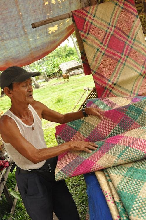 Banig Vendor in Malatapay
