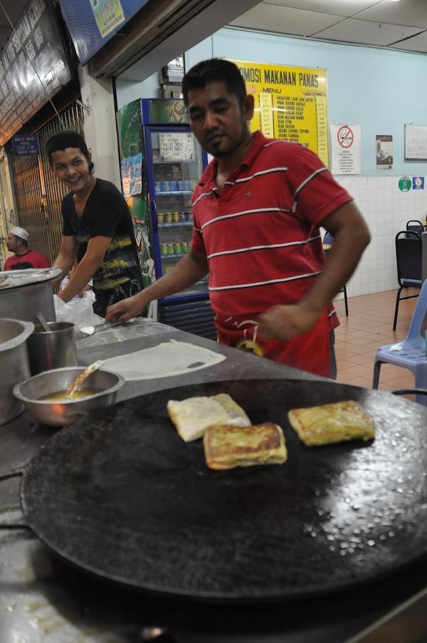 Cooking Murtabak