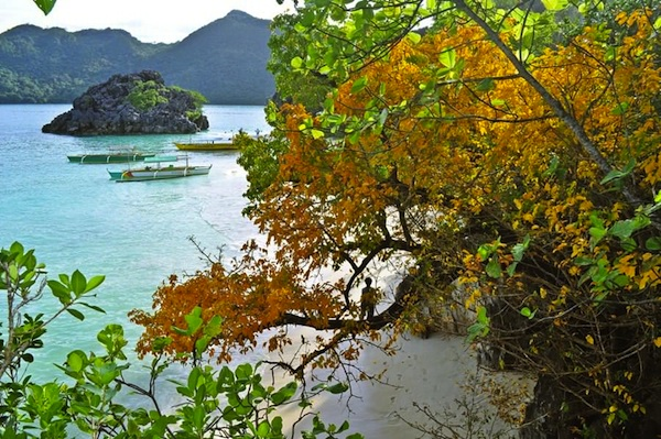 Caramoan Peninsula by Kirk Acebron