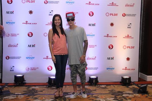Justin Bieber Exclusive photos with Jazmine Curtis