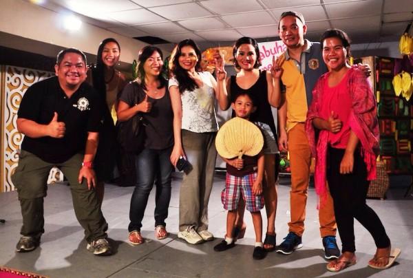 Pinoy Travel Bloggers with Manila Vanila Team