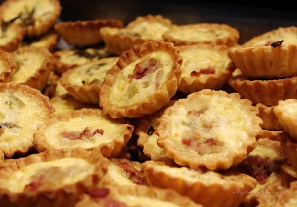Small Pies with Beef Bacon Strips