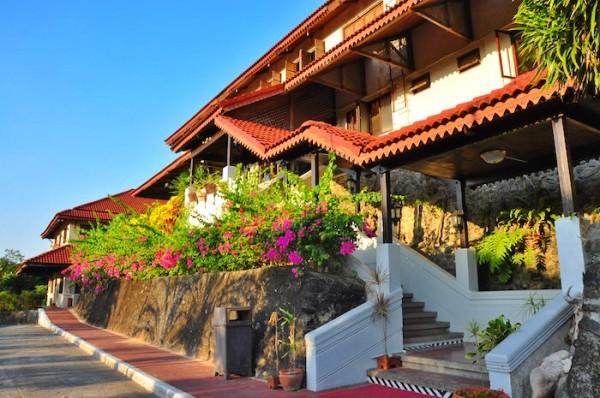 Corregidor Inn