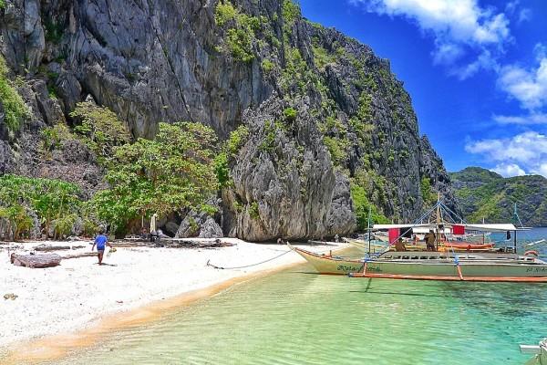 Secluded Beach in El Nido Palawan