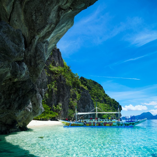 Island hopping in Palawan - Philippines.