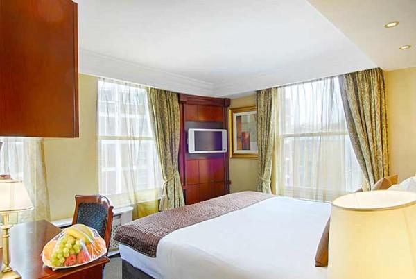 Rooms at Executive Rooms London Kensington