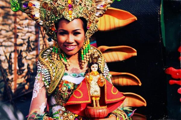 Aliwan Fiesta 2015 photo by July August via Flickr Creative Commons