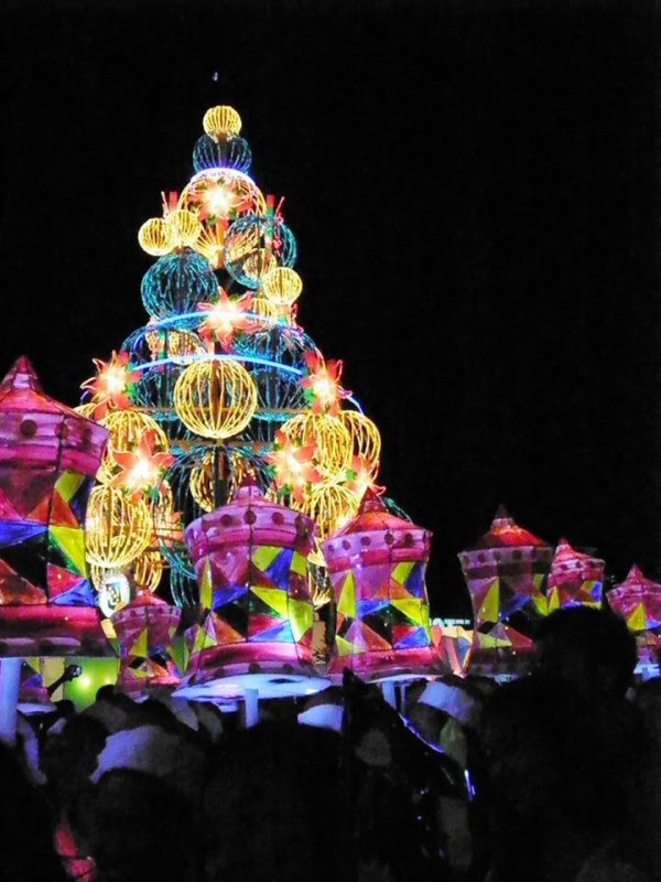 Lantern Parade in Baguio City Photo by Jo Maceda