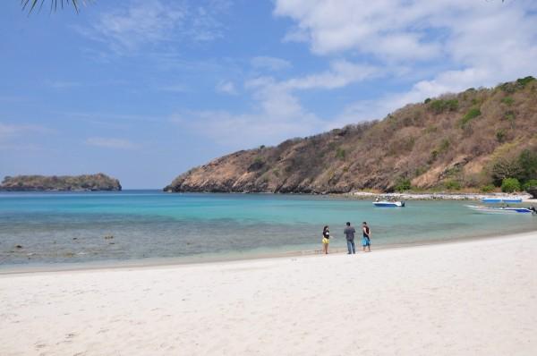 Secret Beach in Santelmo Cove Hamilo Coast