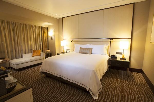 Crown Towers Manila Resort King Room