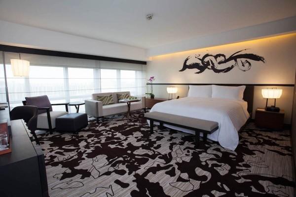 Nobu Hotel Manila Deluxe King Room