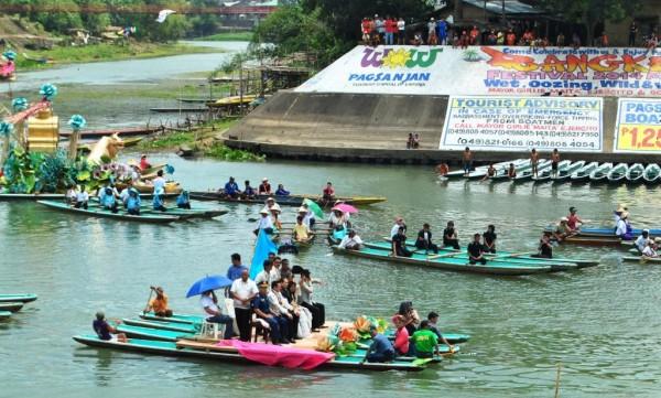 Bangkero Festival fluvial parade
