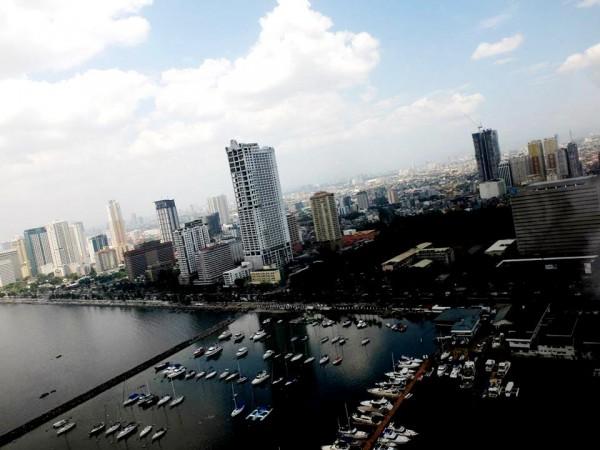 Manila Bay via Philjets charter flight