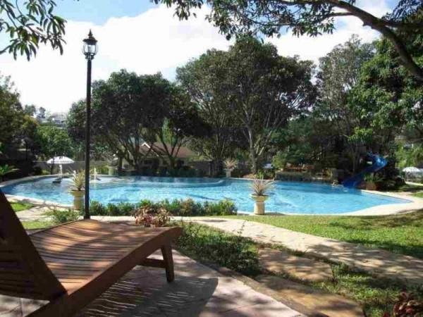 Pacific Waves Resort Bulacan