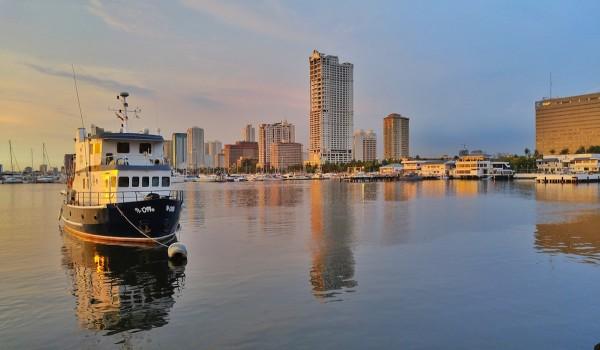 Sunset in Roxas Boulevard