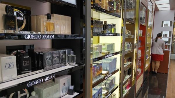 Perfume Collections at Duty Free NAIA T3