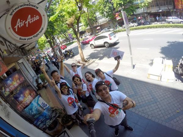travel bloggers in bangkok