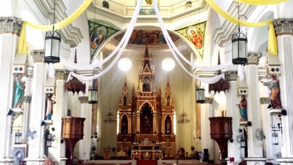 Molo Church altar