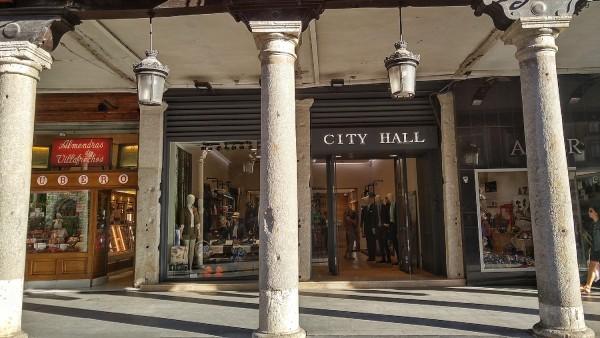 Shops around Valladolid Plaza Major