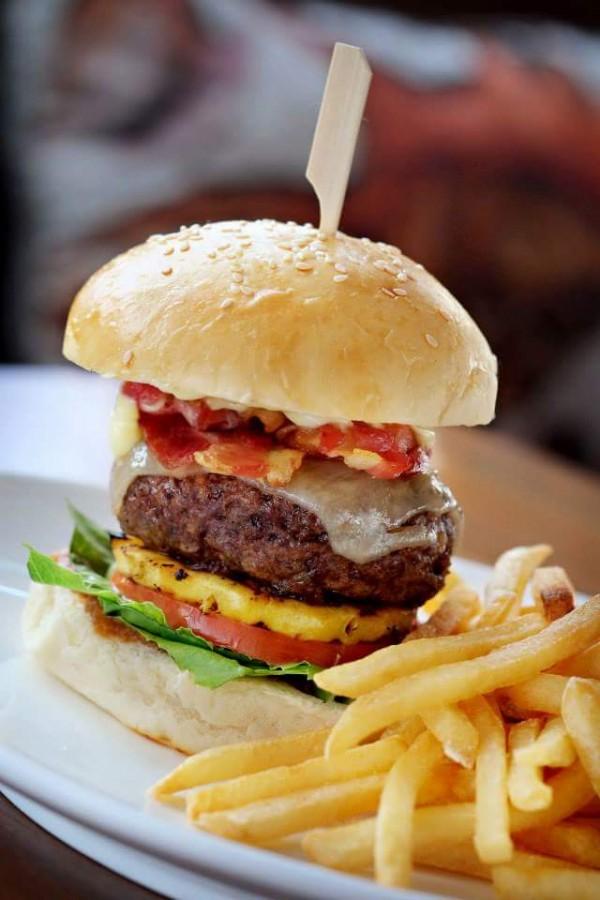 The Social Burger photo from The Social Cebu FB Page