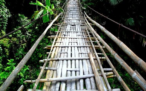 The kawayan hanging bridge