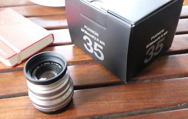 Unboxing Fujinon XF35mm f/2 R WR lens