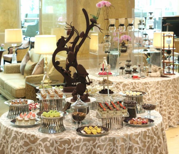 Coffee-flavoured desserts on the buffet include Tiramisu, Salted Coconut and Coffee Jelly, Latte Macchiato Panna Cotta and White Coffee Ivory Raspberry Tart, among others.