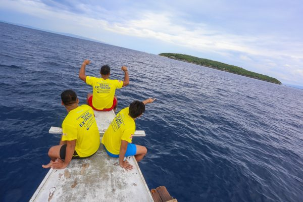 From dry land to open sea, university students take on every challenge in Cebu Pacific's Juan for Fun Backpacker Challenge 2016