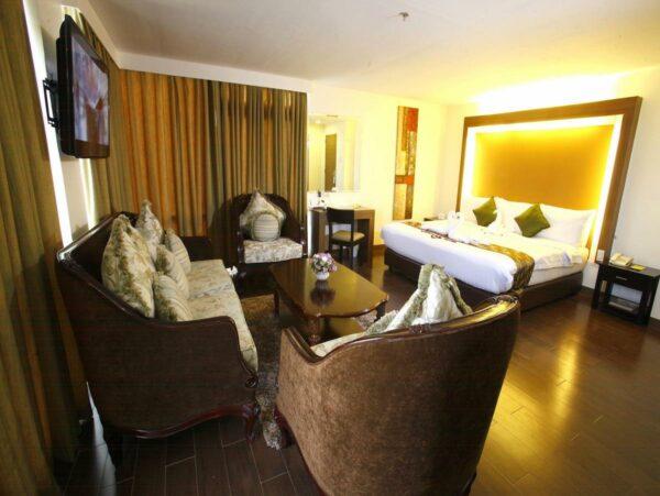 Ritz Garden Hotel at Garden Oasis