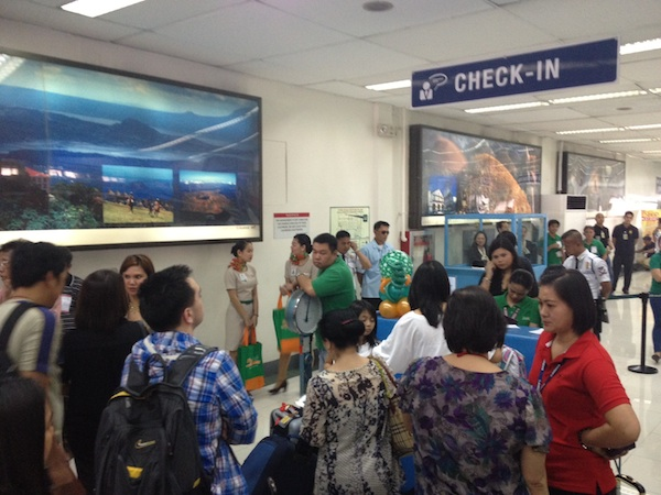 Zest Air Check In Counter at NAIA T4