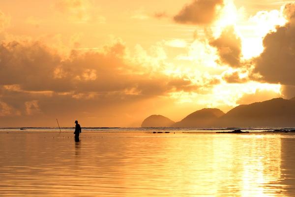 Sunrise on Palaui: Palaui Travel Guide
