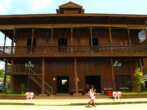 Heritage and history. While in Dapitan, tourists are welcomed by the city's rich historical structures that are well preserved by its local government such as the old residential house utilized as the Dapitan City Tourism Office (Photo courtesy of fantasylandtours .com)