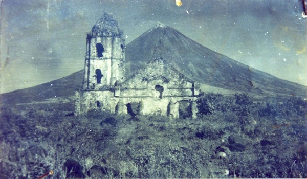 Old Photo of Cagsawa Church