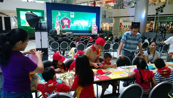 Jollibee Toy Scouts creating Business Cards