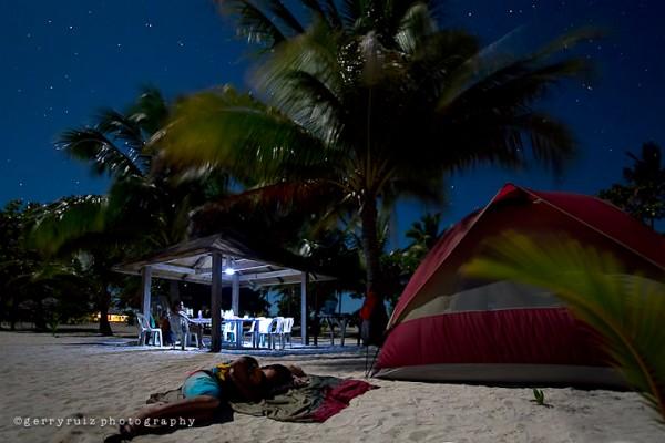 Overnight Camping in Kalanggaman (photos courtesy of Gerry Ruiz / palompon-leyte.gov.ph)