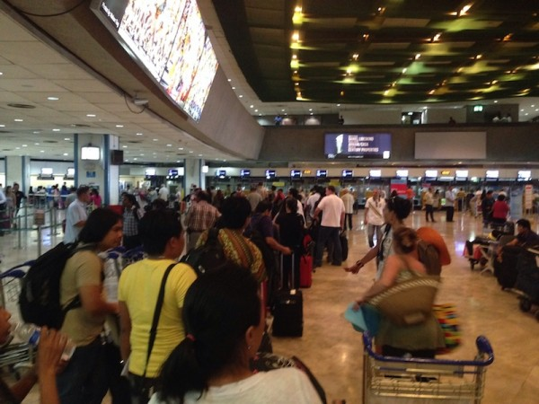 Long Queue at NAIA Terminal 1