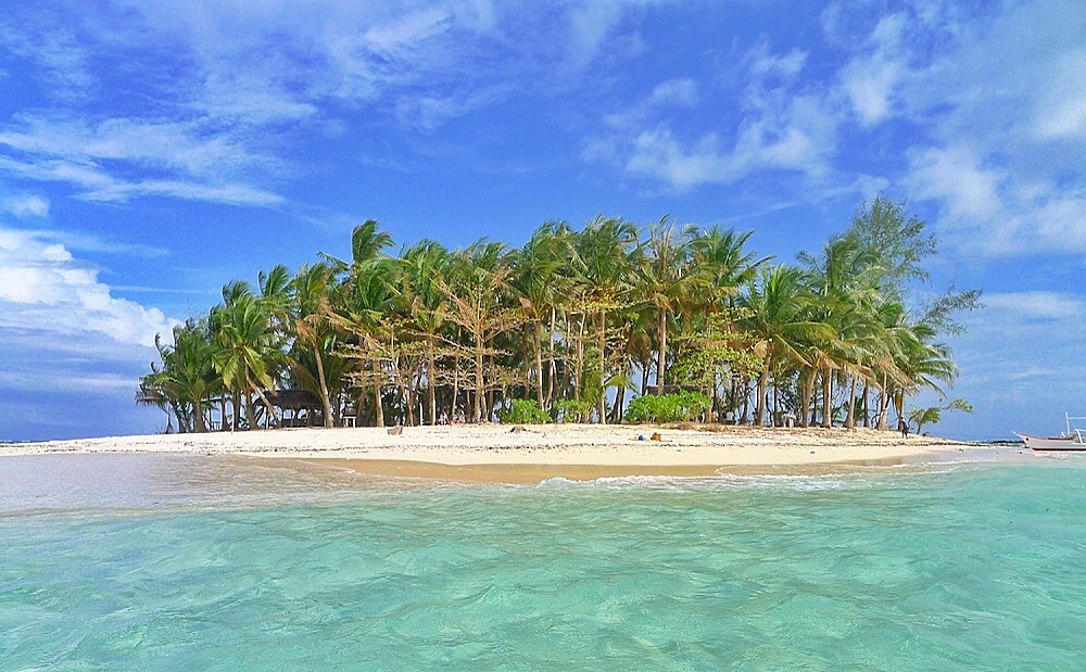 travel guide things to do and see in siargao island out of town