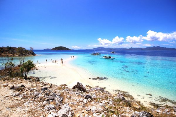 https://outoftownblog.com/top-7-things-to-do-and-see-in-coron-palawan/