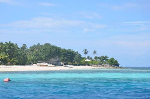 Approaching Pamilacan Island