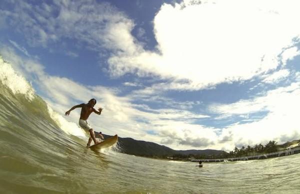 Surfing in Balerby Chris Juloya