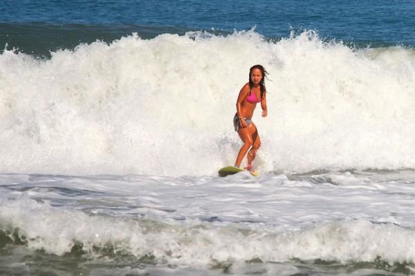 Surfing in Liwliwa, San Felipe Zambales photo by hectorhannibal via Flickr