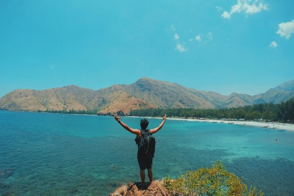 Anawangin Cove Guide photo by Ryzy Bustos