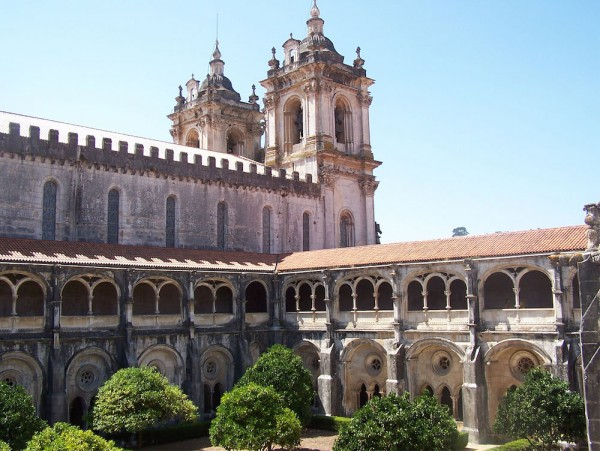 The Alcobaça Monastery by Flávio de Souza - Own work. Licensed under Public Domain via Wikimedia Commons