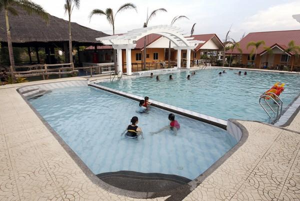Phi-Phi Beach Hotel and Island Resort