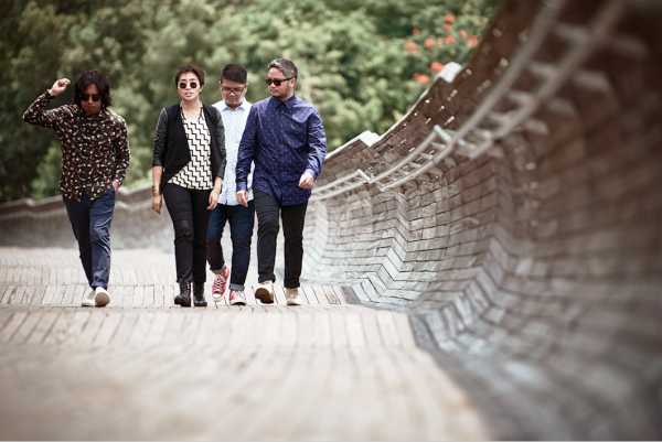 UDD in Henderson Waves