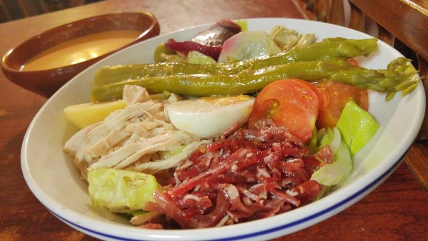 Assorted vegetables with Iberian ham